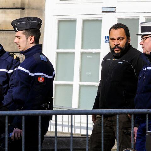 Dieudonné condamné à deux mois de prison avec sursis