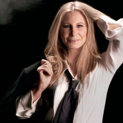 PHOTOS – À 74 ans, Barbra Streisand tombe le bas