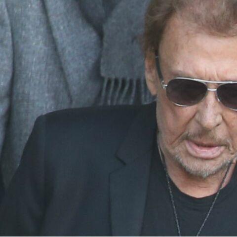 Johnny Hallyday espère sortir de l'hôpital: du matériel médical aurait été livré chez lui