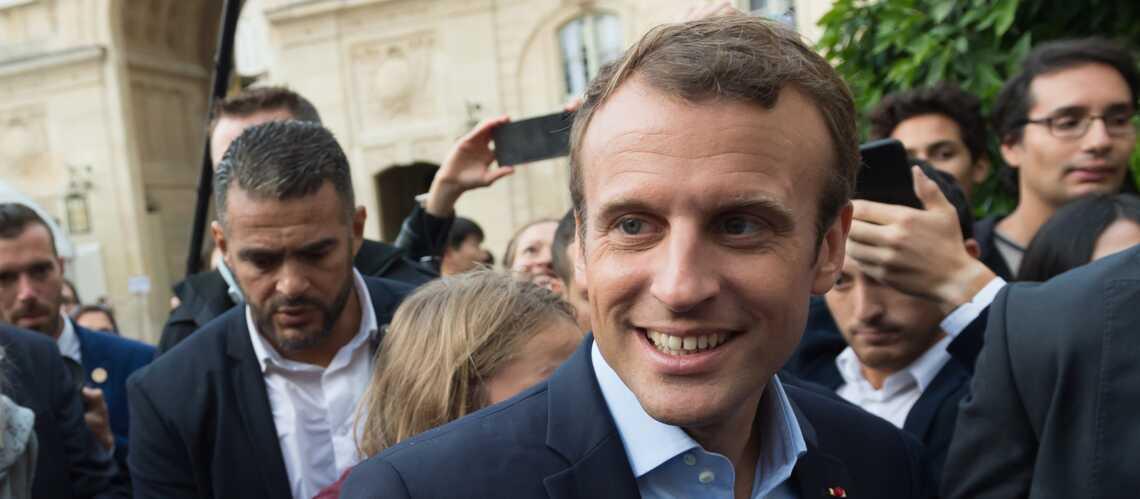 Le 06 d'Emmanuel Macron se retrouve sur Internet, le président assailli de messages pas toujours sympathiques