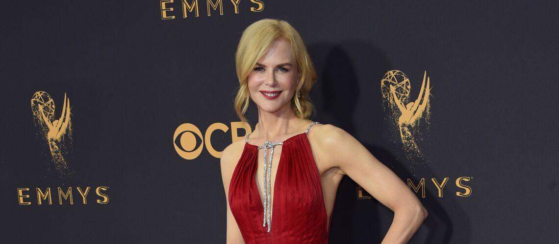 PHOTOS – Nicole Kidman: grande gagnante des Emmy Awards et sublime sur le tapis rouge en petite robe rouge