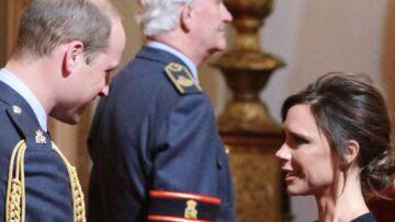 PHOTOS – Victoria Beckham, décorée par le prince William