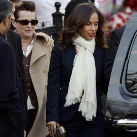 Photos- Défilé de célébrités aux funérailles de Whitney Houston