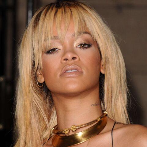 Rihanna, beauté dorée pour la soirée de Stella McCartney
