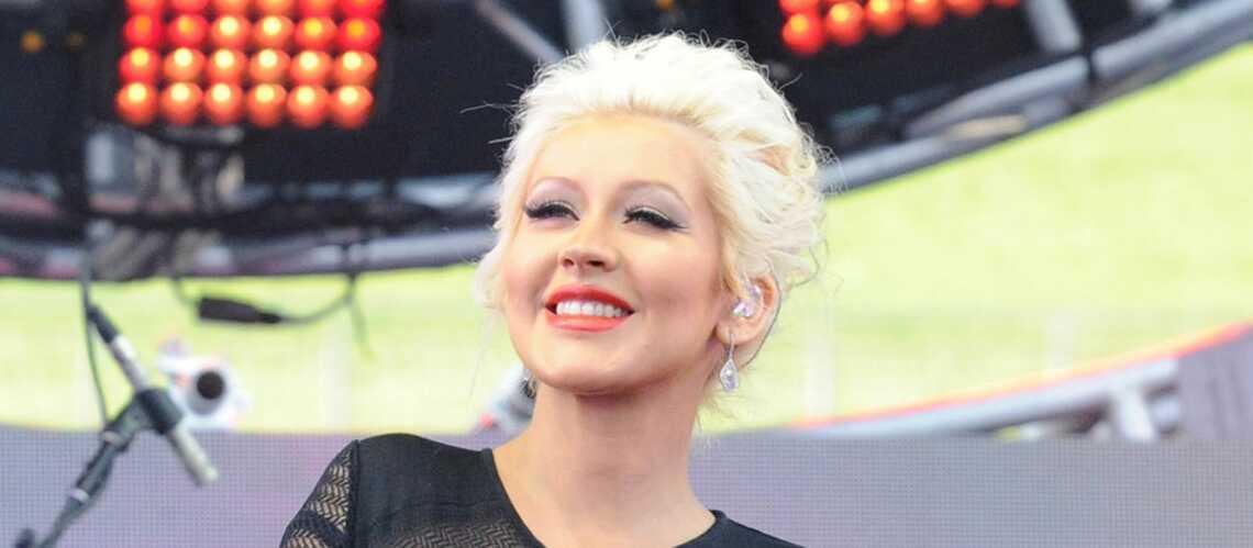 Christina Aguilera exhibe les fesses de son bébé