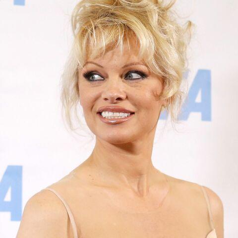 Pamela Anderson veut sauver les saumons