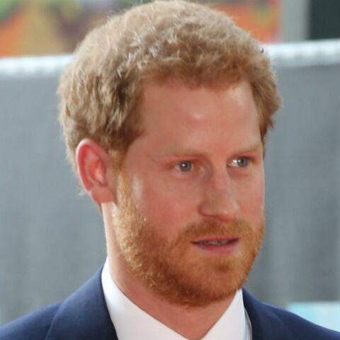 La reine Elisabeth II inquiète que Harry abandonne son statut royal pour sa chérie Meghan Markle