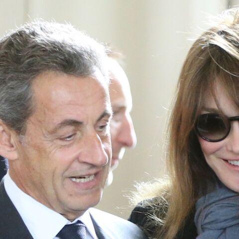 """Nicolas Sarkozy n'a toujours pas pardonné à François Hollande d'avoir """"maltraité"""" Carla Bruni"""