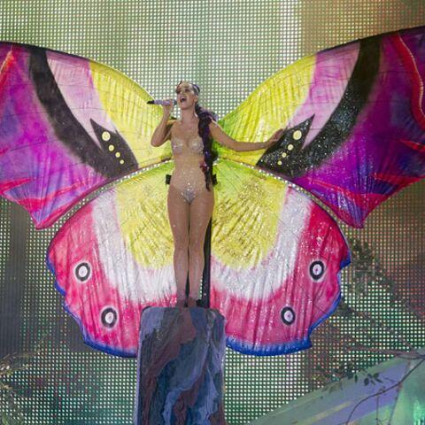 Katy Perry: papillon de lumière… dénudé