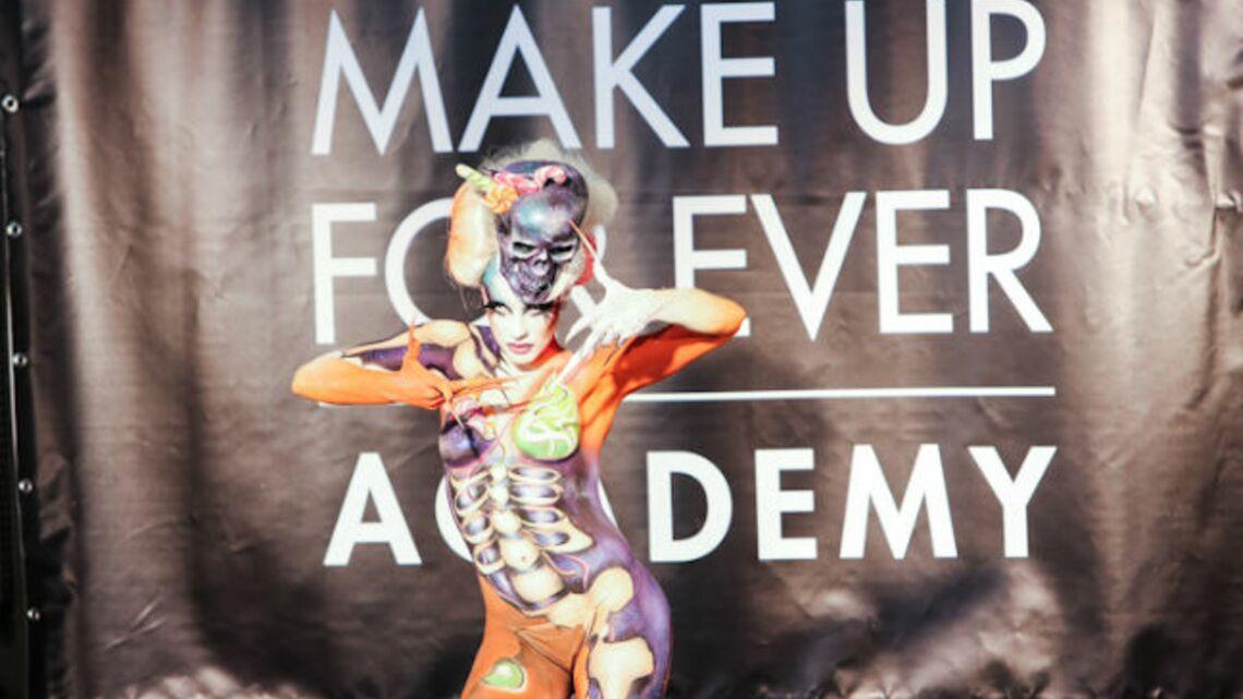 La MAKE UP FOR EVER Academy fait son show devant Dany Sanz