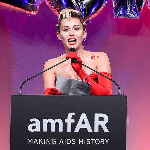 Miley Cyrus récolte 69000 dollars pour le sida