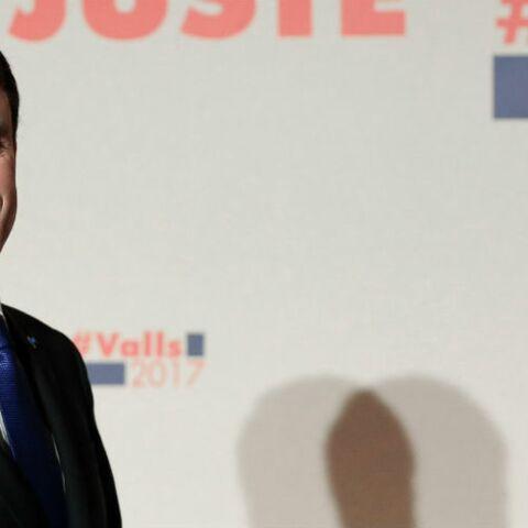 Manuel Valls moqueur, il ironise sur les frais de maquillage d'Emmanuel Macron