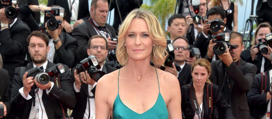 PHOTOS – Cannes 2017: Robin Wright ose la robe-nuisette sans soutien-gorge et tous les looks de la montée des marches du 18 mai