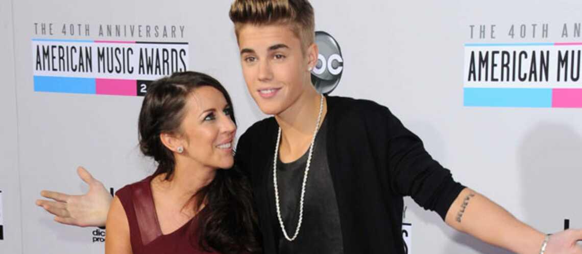 Justin Bieber se console avec sa maman