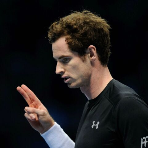 Andy Murray se coupe la mèche en plein match