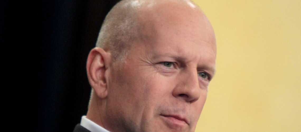 Bruce Willis lance un parfum pour femmes