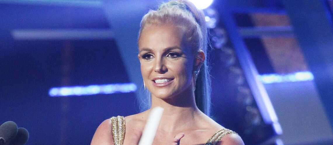 Britney Spears, oups! son costume!