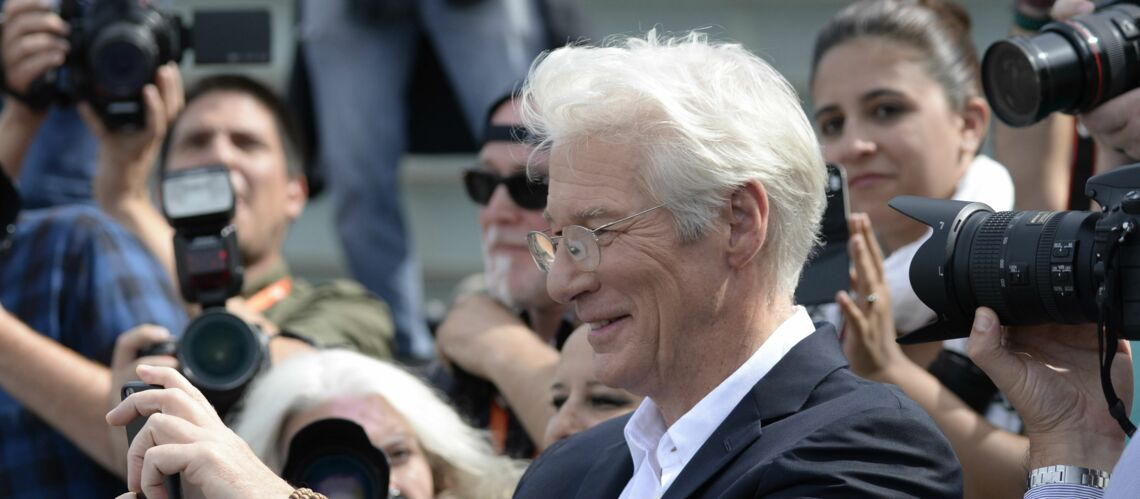 Richard Gere fina­lise son divorce avec Carey Lowell