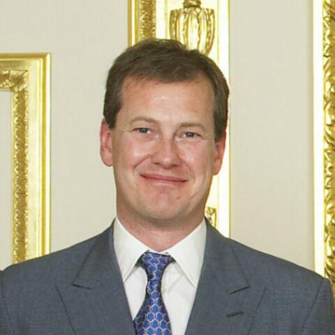 Lord Ivar Mountbatten, cousin de la reine Elisabeth II et père de trois enfants, fait son coming out