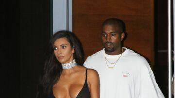 Kim Kardashian: ses abdos parfaits seraient bidons