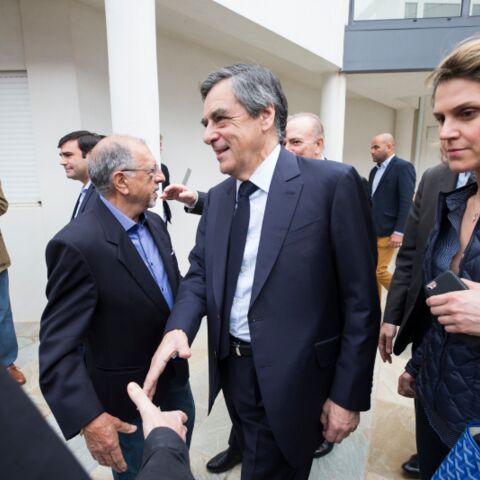 François Fillon et Caroline Morard: non le bracelet de l'attachée de presse n'a pas été retrouvé dans la chambre d'hôtel de son «patron»