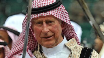 Vidéo – Le prince Charles fait la danse du sabre à Riyad