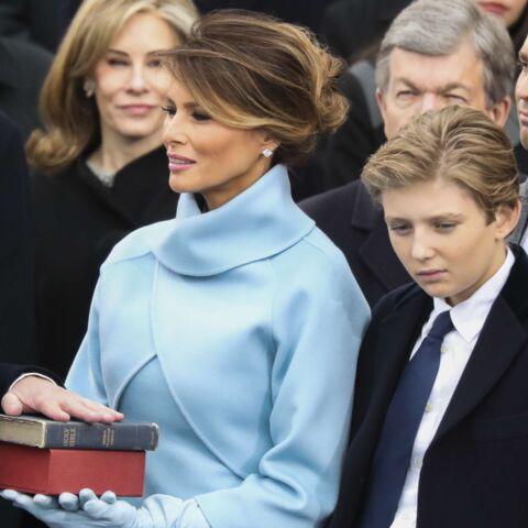 PHOTOS – Melania Trump tente un look sage et s'inspire de Jackie Kennedy pour l'investiture