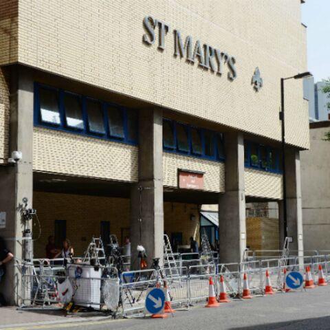 Le Royaume-Uni attend le royal baby à la porte de l'hôpital St Mary