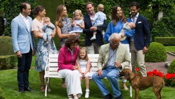 Photos – Désordre sur le portrait de la famille royale de Suède