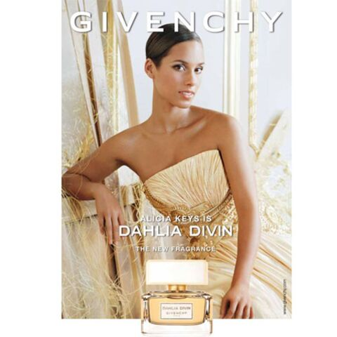 Alicia Keys divine pour Givenchy