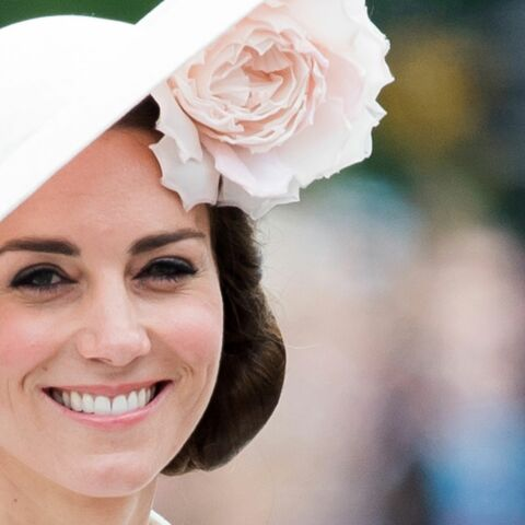 Princesse Kate, tête à chapeaux