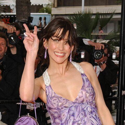 Y a-t-il trop de seins et de culottes à Cannes?
