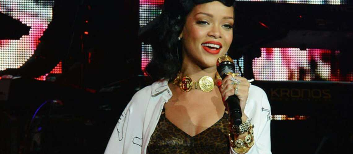 Le nouvel album de Rihanna est déjà dans les bacs