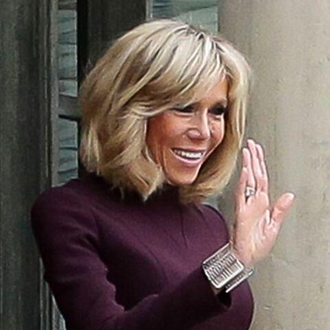 PHOTO – Brigitte Macron, fashionista: sa manchette fait le buzz