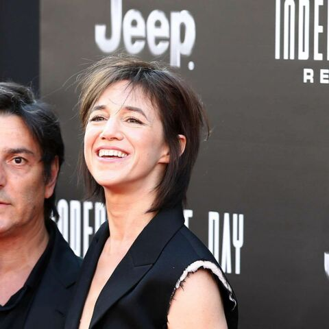 Charlotte Gainsbourg et Yvan Attal in love et assortis à Los Angeles