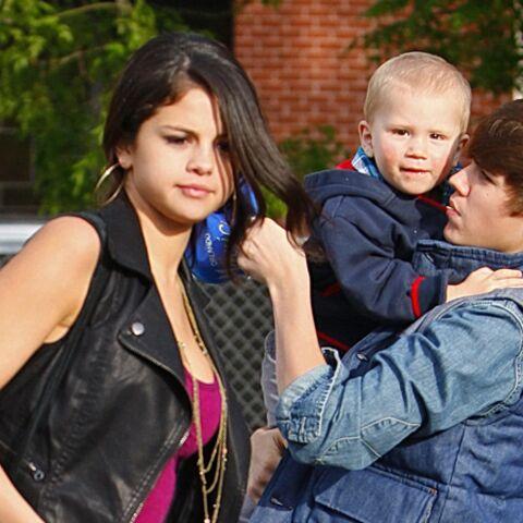 Justin Bieber et Selena Gomez jouent à papa-maman