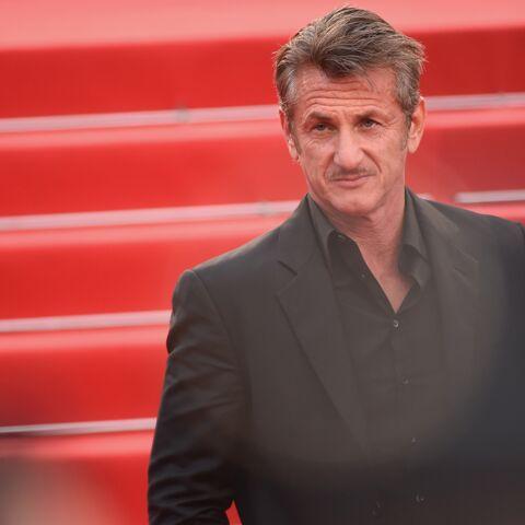 Qui est la petite amie mystère de Sean Penn?