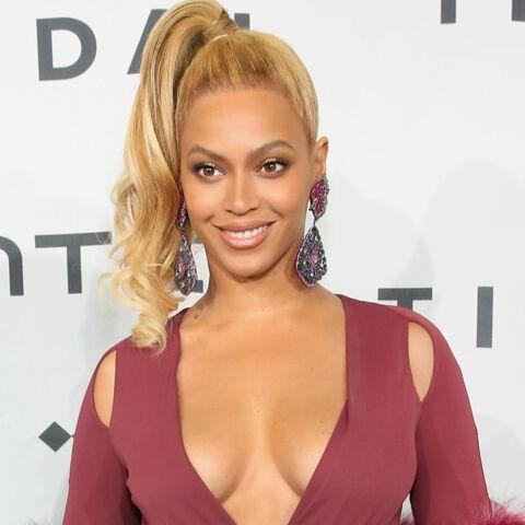 Beyoncé ose le décolleté