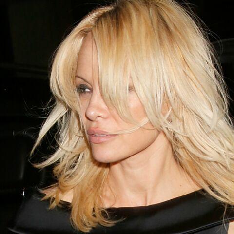 EXCLU – Pamela Anderson va mettre le Lido au pas
