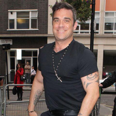 Robbie Williams, ses gros bras pour Theodora