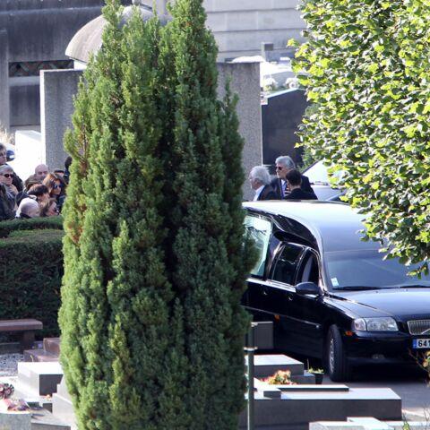Charles Aznavour, Patrick Bruel, Alain Souchon … Les chanteurs aux obsèques de Guy Béart
