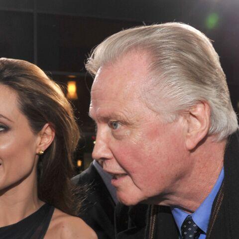 Avec le divorce, le père d'Angelina Jolie craint le pire
