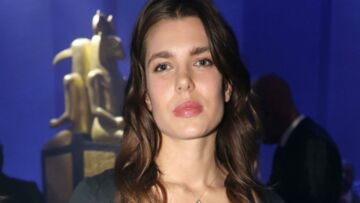 PHOTOS – Charlotte Casiraghi, sublime et très naturelle au défilé Gucci