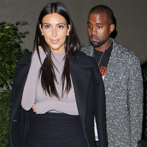 Pour ou contre les sandales à fourrure de Kim Kardashian