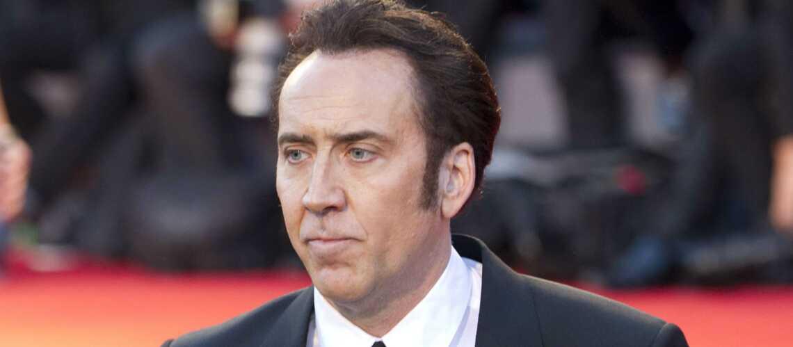 Nicolas Cage dit adieu à son crâne de dinosaure