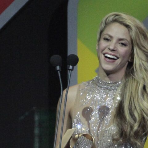 PHOTO – Shakira change de look pour tourner avec Black M
