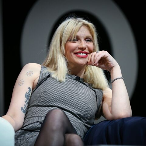 Courtney Love, maîtresse de bikers dans Sons of Anarchy