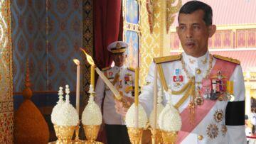 L'accoutrement très spécial du prince héritier de Thaïlande