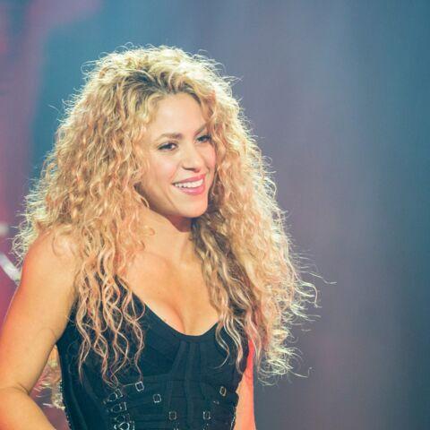 Shakira en bicyclette sur l'Ile de Ré