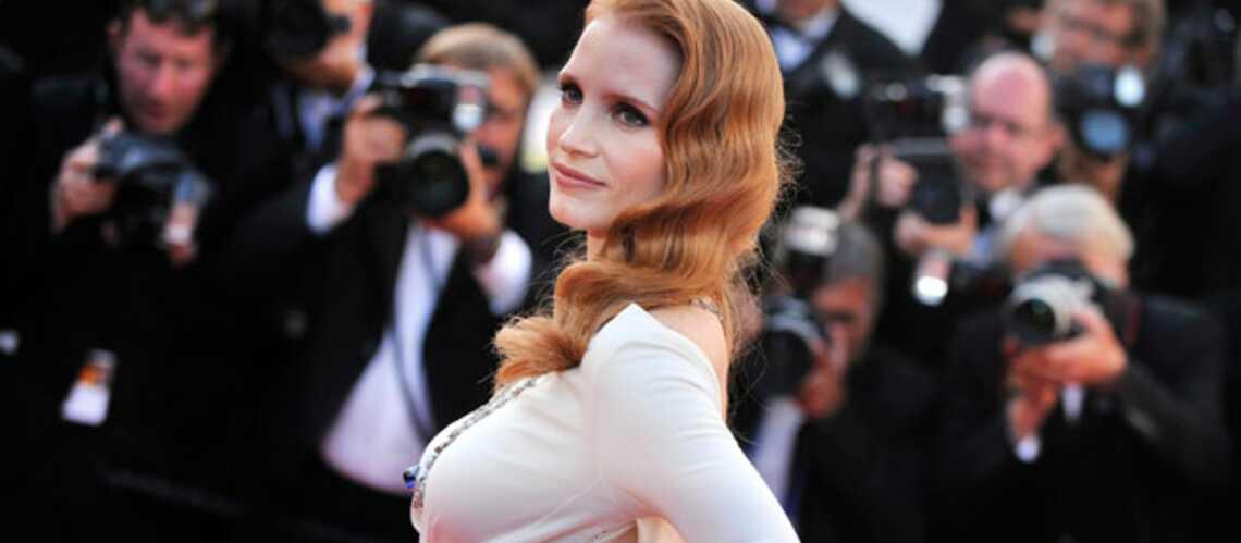 Jessica Chastain reine du tapis rouge pour Cléopâtre